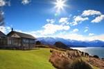 Отель Whare Kea Lodge and Chalet
