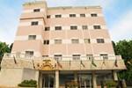 Отель Hotel Los Jardines