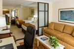 Отель Comfort Suites Paradise Island