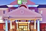 Отель Holiday Inn Express Hotel & Suites Miami