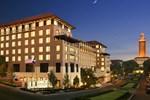 Отель AT&T Hotel & Conference Center