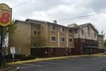 Отель Super 8 Motel - Baltimore Essex Area