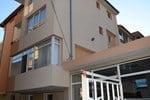 Апартаменты Veda Guest House
