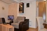 Апартаменты Apartman u Hotelu Mujen Lux