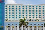 Отель Crowne Plaza Hotel & Resorts Fort Lauderdale Airport/ Cruise