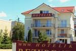 Отель Hotelik Rezydent