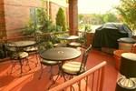 Отель Candlewood Suites West Little Rock