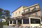 Отель Hotel Capri