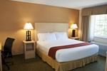 Отель Holiday Inn Express Hotel & Suites North Conway