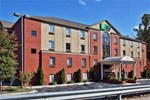 Holiday Inn Express Hotel & Suites Atlanta-Emory University Area