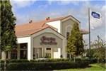 Отель Hampton Inn & Suites Orlando-East UCF