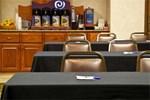 Отель Holiday Inn Express Hotel & Suites Omaha West
