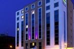 Отель Holiday Inn Express London-Watford Junction