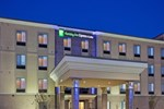 Отель Holiday Inn Express Hotel and Suites Lincoln Airport