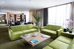 Отель Swiss-Belhotel Mangga Besar