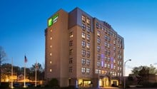Holiday Inn Express Hotel & Suites Boston-Cambridge