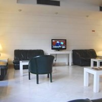 VIP Executive Suites Marques Aparthotel