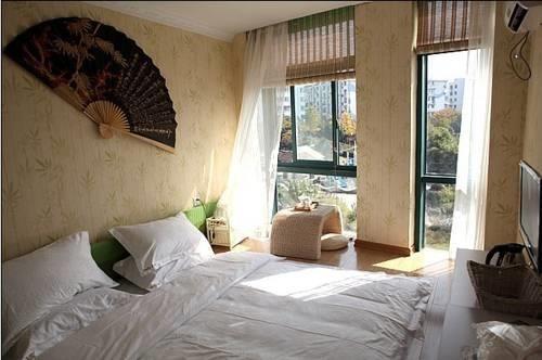 Future Love Hotel