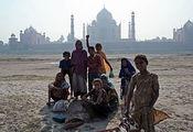 Обратная сторона Тадж Махала / Фото из Индии