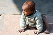 Мы заинтересовали малыша / Фото из Индии