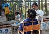Брадобрей / Фото из Индии