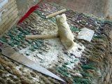 Сувенирная кошка в процессе изготовления / Фото из Египта