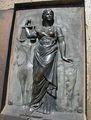 Барельеф богини Изиды на памятнике Дюку / Фото из Болгарии