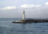 Маяк у берегов Мраморного моря / Фото из Турции