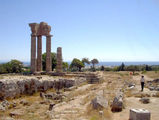 Море вдали / Фото из Греции