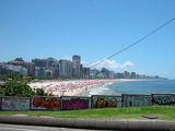 Графити и пляжи везде / Фото из Аргентины