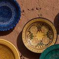 керамика вывешена для продажи / Фото из Марокко