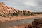 переправа из мешков / Фото из Марокко