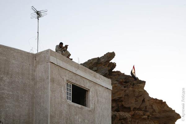 Время ознакомиться с прессой / Фото из Египта