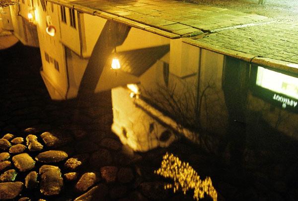 Отражение улицы / Фото из Эстонии