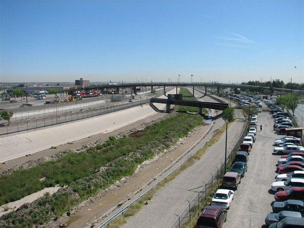 Американо-мексиканская граница / Фото из Мексики
