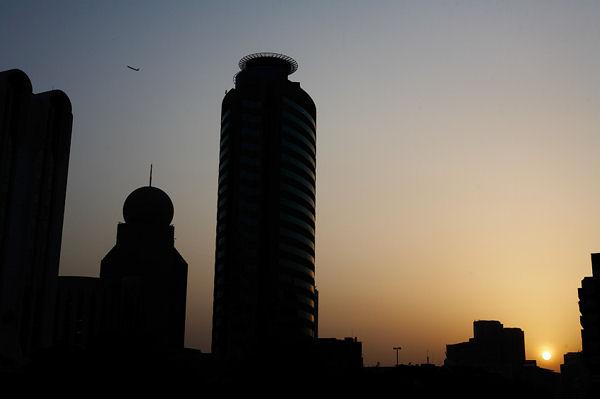 Самый красивый урбанистический закат / Фото из ОАЭ