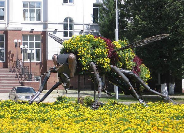 Пчела - символ Башкирии / Фото из России