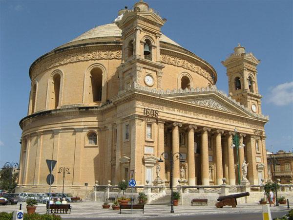 Церковь Св. Марии в Мосте, центральная Мальта / Фото с Мальты
