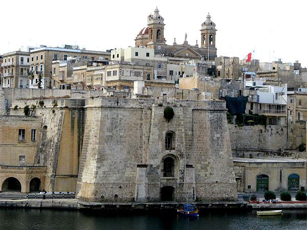 Вид на бастионы Валетты / Фото с Мальты