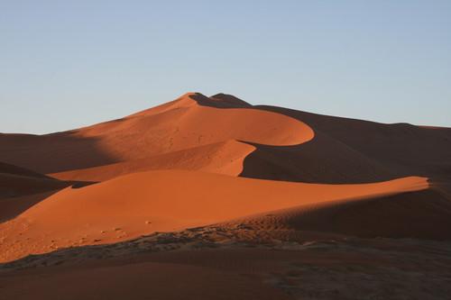 Свет и тени пустыни Намиб / Намибия