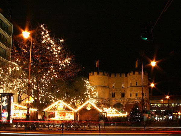 Праздничная иллюминация в Кельне / Фото из Германии