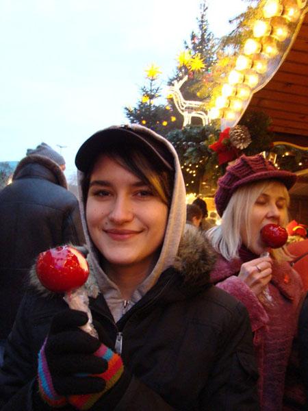 Яблоки в карамели - пальчики оближешь! / Фото из Германии
