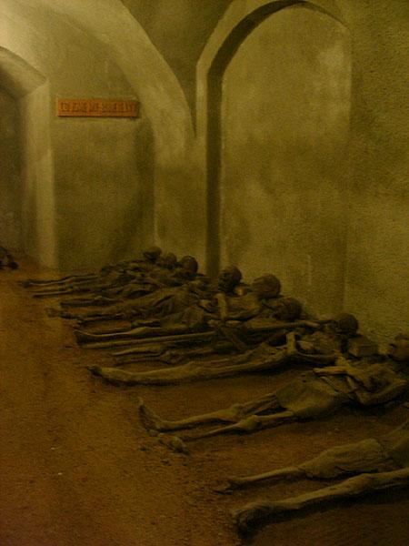 Склеп с мумиями / Фото из Чехии