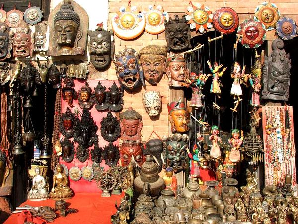 Одна из сувенирных лавок / Фото из Непала