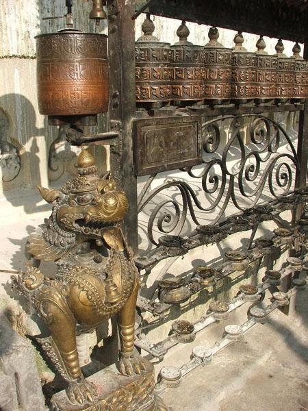 Молитвенные барабанчики / Фото из Непала