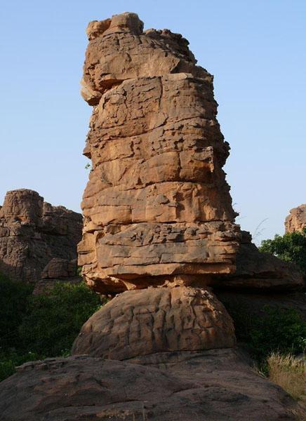 Ландшафты Страны догонов носят космически-фаллические черты / Фото из Мали