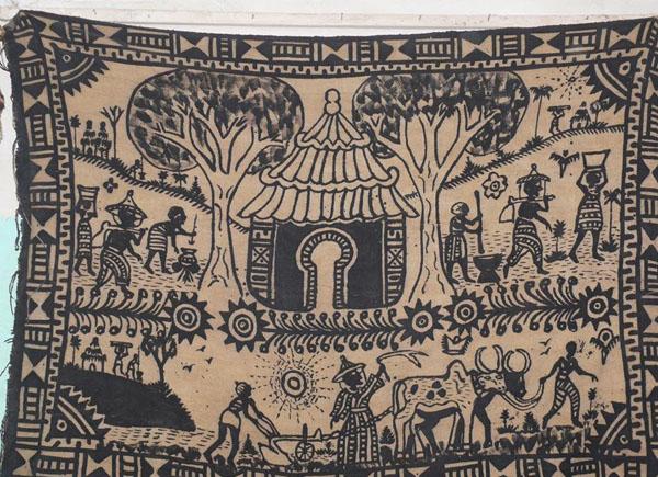 Производство тканей 'боголан' - специализация Дженне / Фото из Мали