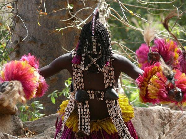 Ритуальные танцы догонов / Фото из Мали