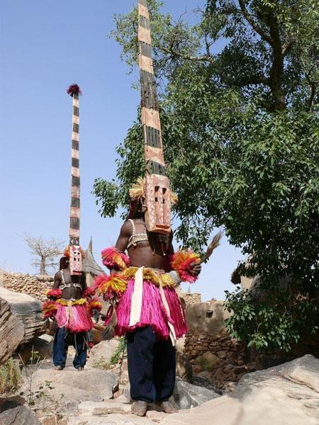 Традиционные маски из дерева / Фото из Мали