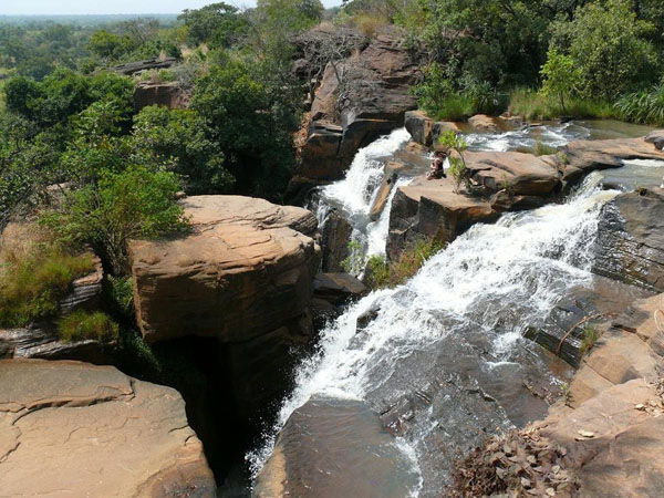 Водопад в Банфоре / Фото из Мали